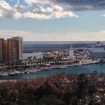 Blick in den Hafen von Málaga