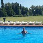 el lunes la piscina era toda nuestra!!!