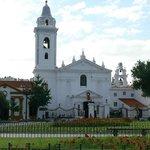 Praça e Igreja