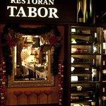 Tabor vinery