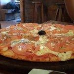 Excelente pizza napolitana ♡♥