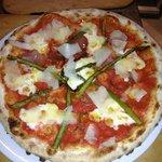 Asparagi Pizza