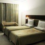 Double Room (Split Bed )