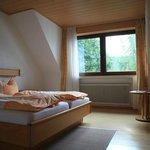 Zimmer mit Blick zum Garten