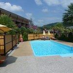 En af de tre pools på hotellet