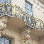 Hotel de Lauzun: balcony