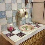 Um lavatório muito curioso, 100%