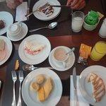 café da manhã super farto!