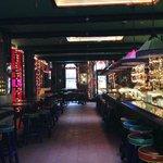 Bar-Pub del hotel, mexicano. Siempre lleno de gente.