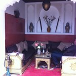 Coin salon dans le halle au rez