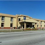 Travelodge by Wyndham Winter Haven
