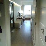 Vestidor-entrada-acceso baño