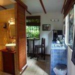 Küchenecke und Bad