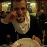 degustando las almejas chilenas a la provenzal