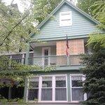 Wind Rush Cottage Inn