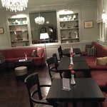 Lobby (and breakfast room)