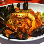 mixed seafood linguine