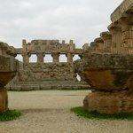 interno tempio atena