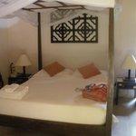 lit avec moustiquaire