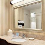 Double Queen Standard Bathroom