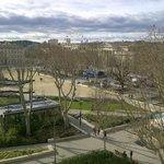 place de l'Esplanade (vue de la chambre)