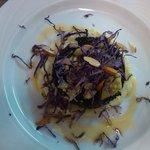 riso venere su crema di broccolo e cavolo viola
