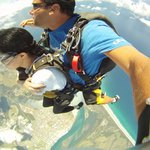 10,000 ft mid-week tandem sky-dive! At Skydive the Beach and Beyond Ballina