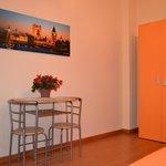 6 - Camera Arancio