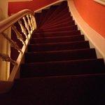 le temutissime scale viste dall'alto del terzo piano