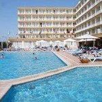 Photo of Roc Leo Hotel