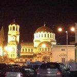 Alexander-Newski-Kathedrale direkt gegenüber des Hotels