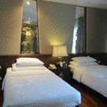 De Naga grand deluxe room