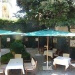 Restaurante no jardim