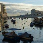Spinola Bay (5 min walk)