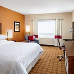 Four Points by Sheraton Edmonton Gateway