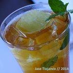 A very refreshing glass of lemon iced tea.
