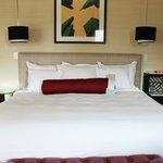 comfy bed! Gorgious room!