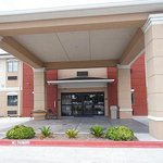 Photo of Quality Inn & Suites Kenedy- Karnes City