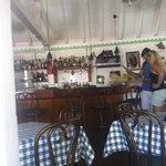 interno: la zona bar