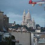 A linda Sacre-Coeur, vista do nosso balcão