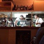 Personeel in open keuken