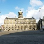 dam square with the palace