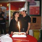 I gestori festeggiano il primo compleanno!