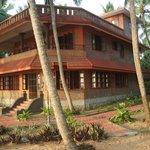 Wild Palms on the Sea Guesthouse accommodation (Vanchiyoor, Thiruvananthapuram)