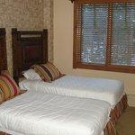 Room 5301 2nd BR