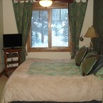 Room 5301 Master BR