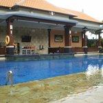 New pool with swim-up bar