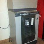 ice cube maker