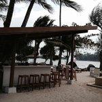 Poolside/beach bar
