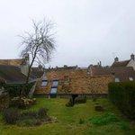 Vue du jardin et des toits de Rochefort sur la chambre